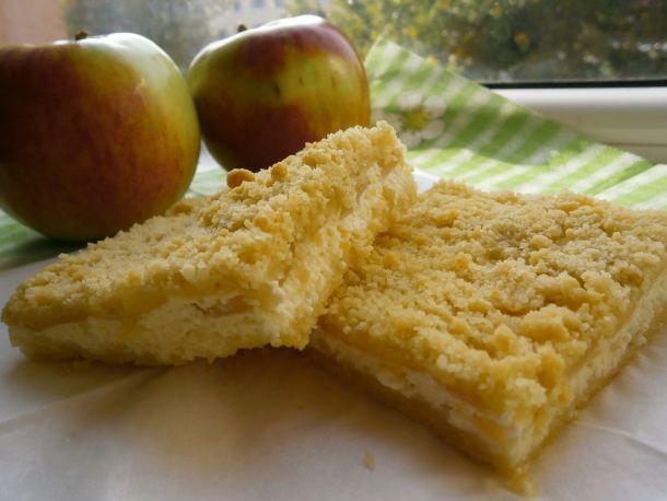 Õuna-kohupiima purukook