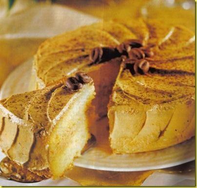 Torta sbriciolata alla frutta.