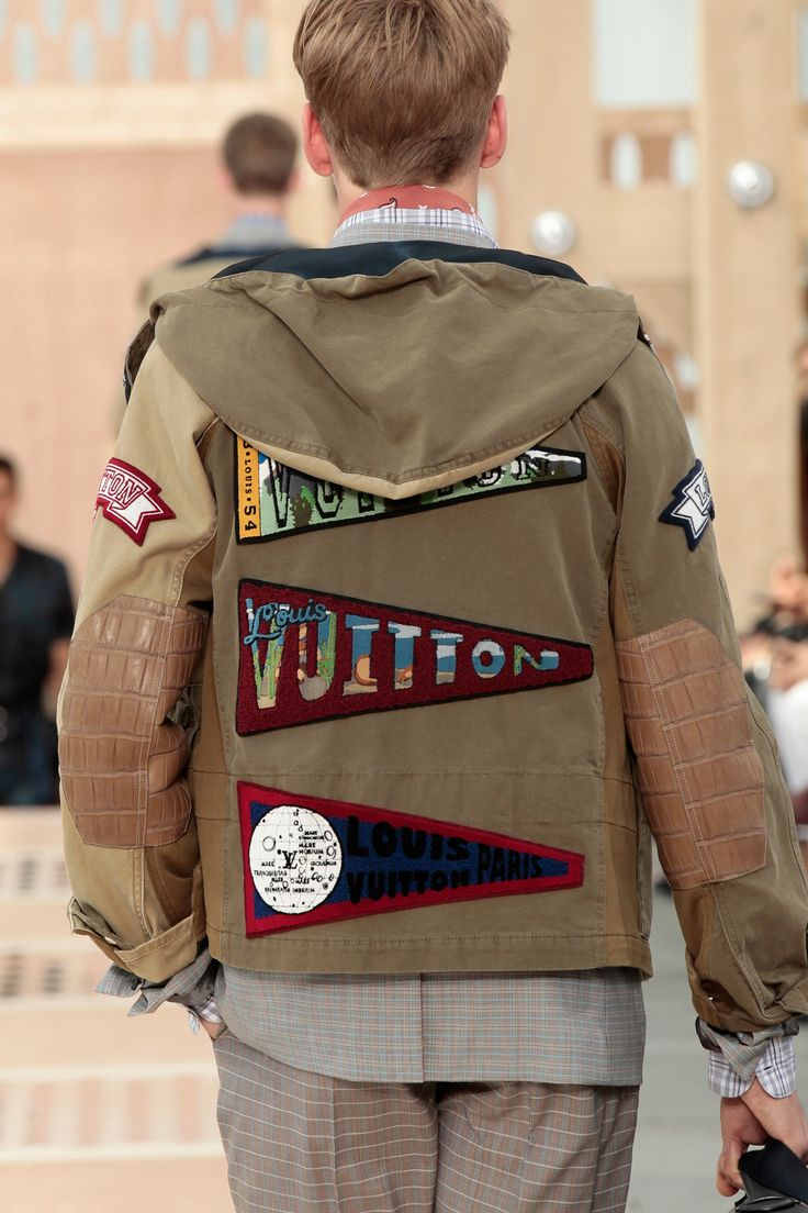 A closer look at the details from the Louis Vuitton Men's Spring/Summer 2014 Fashion Show.