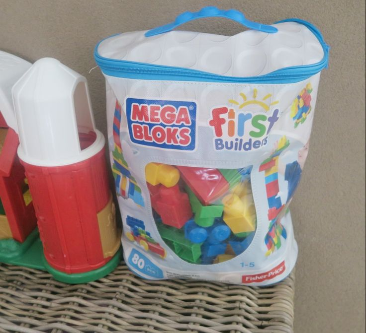 Fisher price speelgoed: Mega blokken :  Lana loves: Mega Bloks First Builders review ! - Kelly Caresse