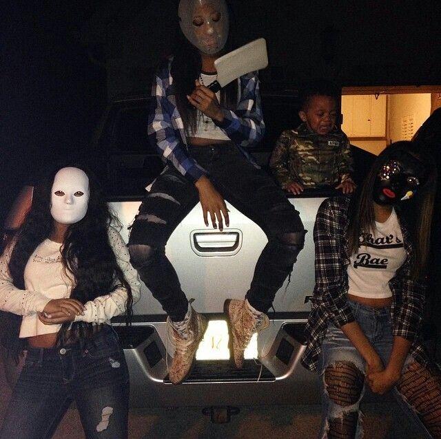 Squahhhh #HallowewnTime #Squad #Ayyee