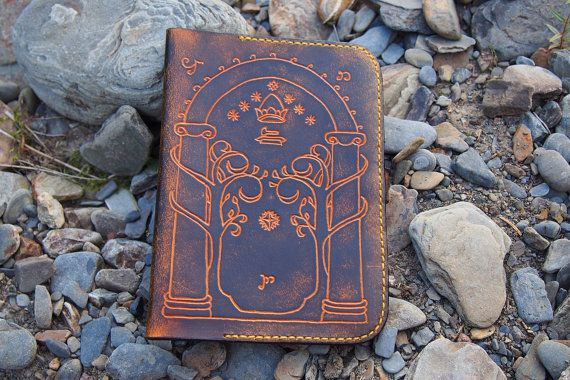 leather kindle case the gate of moria lord by PocillatorWorkshop