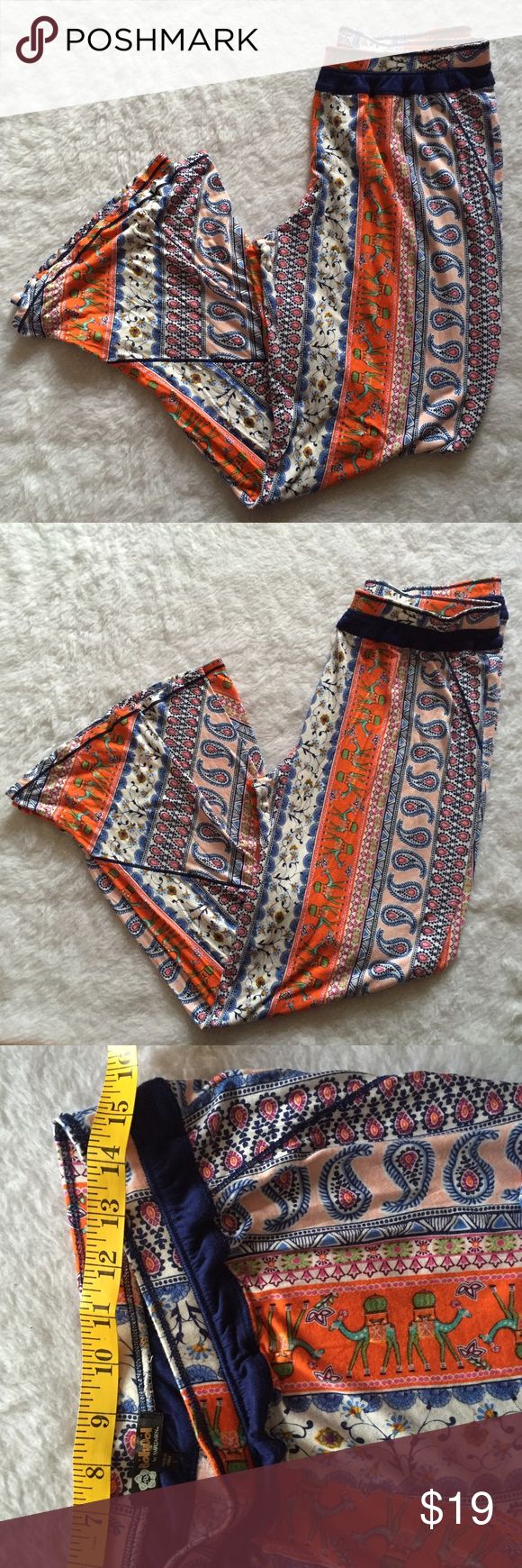 Bolly doll Amrita Sen large paisley palazzo pants Excellent condition very nice colors, perfect for lounging or at the beach Pants