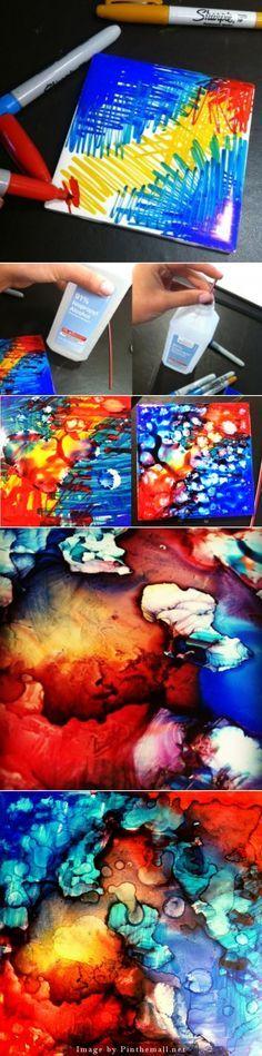Umas canetas hidrográficas, álcool e e um canudinho... E voilá!! uma pintura em tela.