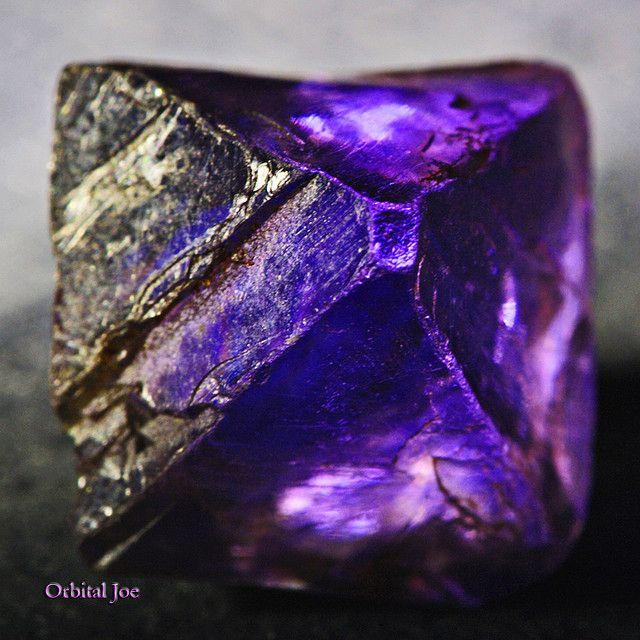 Octahedron Purple Fluorite Crystal #minerals #rocks #crystal