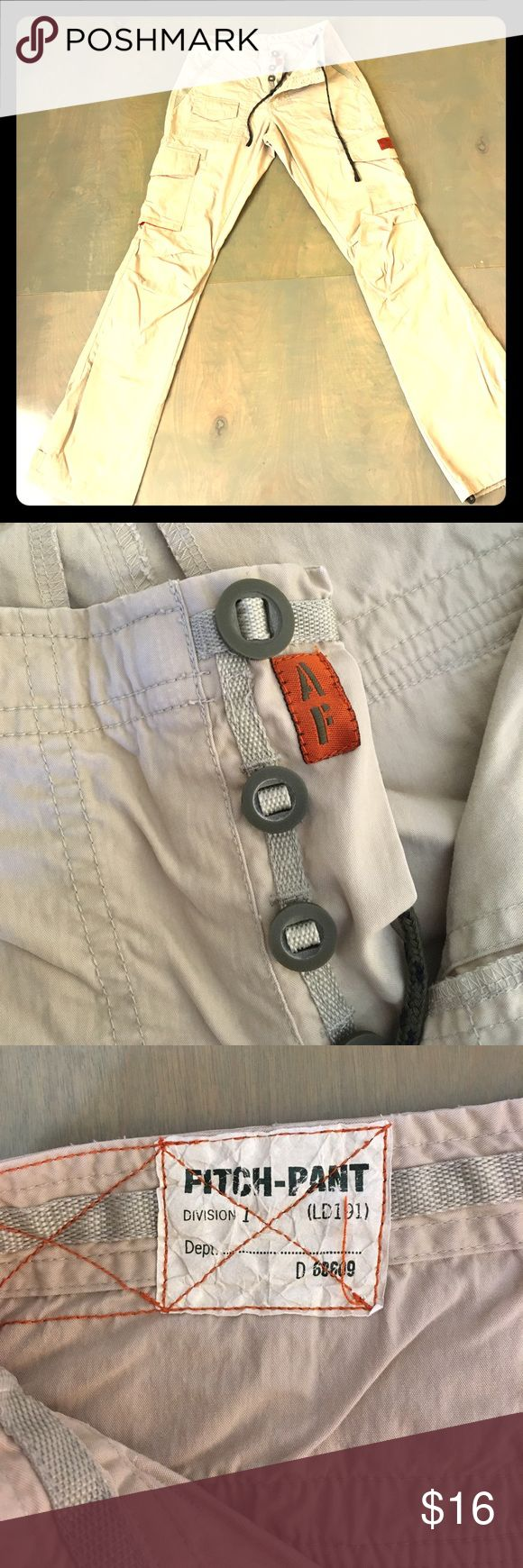 """Abercrombie & Fitch """"Fitch-Pant"""" Abercrombie & Fitch """"Fitch-Pant"""". Great for hiking. Many pockets. Draw string waist and leg bottoms. Wear on leg bottoms from hiking and jumping puddles 🍁 Abercrombie & Fitch Pants Trousers"""
