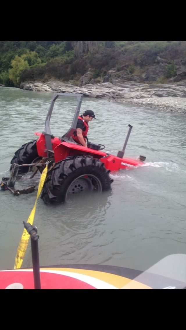 Shotover Jet Behind the scenes tractors cant swim