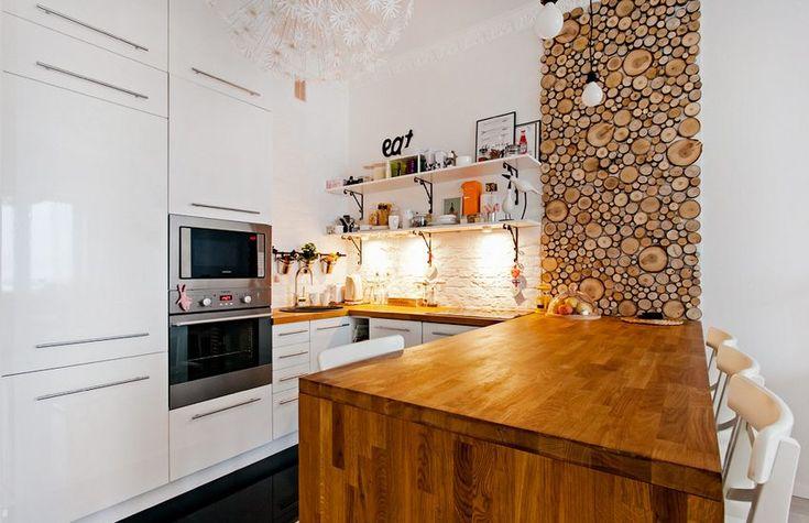54m2-es egy hálószobás lakás természetes egyszerűséggel berendezve, ötletes fa megoldásokal - Lakberendezés trendMagazin