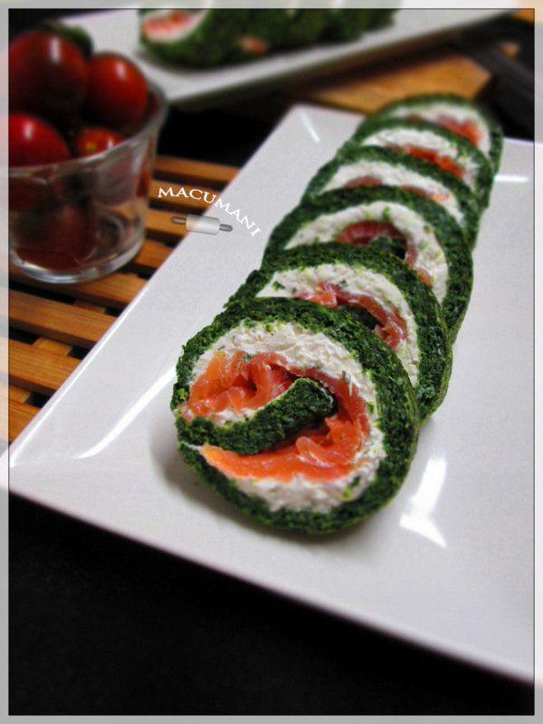 Brazo de espinacas, salmón y queso