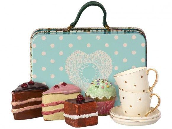 Maileg Kofferchen Mit Kaffeetafel Blau Maileg Suitcase Cake Tableware