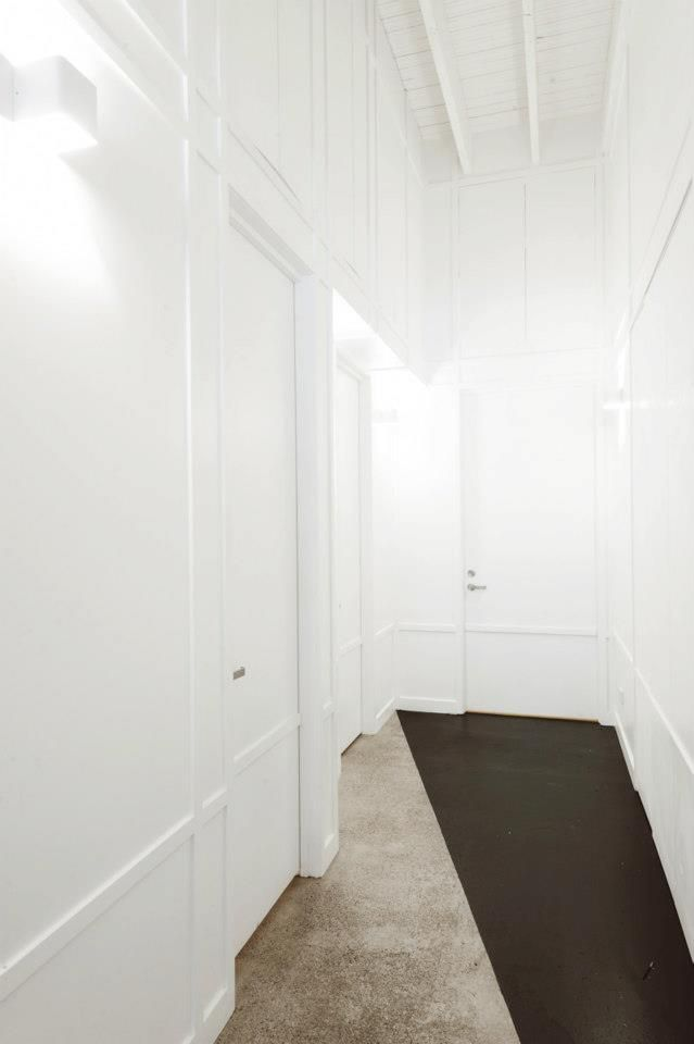 Back hallway, Fonda Windsor in Melbourne, Techne Architects // Remodelista
