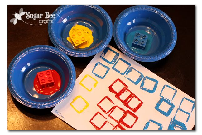 Sugar Bee Crafts: sewing, recipes, crafts, photo tips, and more!: Preschool Idea - primary color stamping