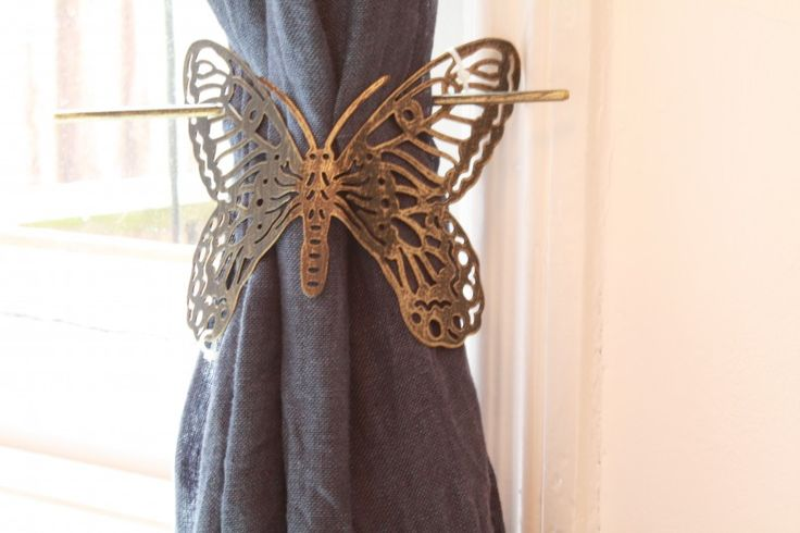 Furniture Butterfly Design Metal Window Curtain Brushed Silver And Black Butterflt Design Metals Window Tieback For Curtain Window Holdback For Curtain Brown Fabric Curtain Window Curtain Tie Back Hold Clip Curtain Holdbacks & Tie Back For Curtain Decorations