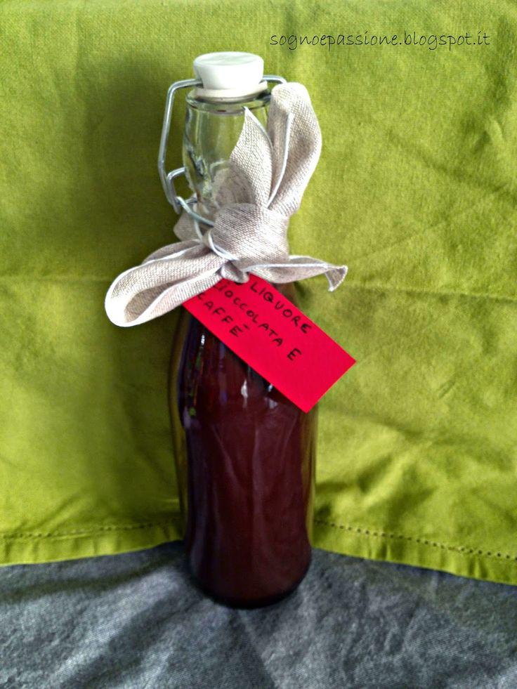 Liquore cioccolata e caffè http://sognoepassione.blogspot.it/2014/12/liquore-cioccolata-e-caffe.html