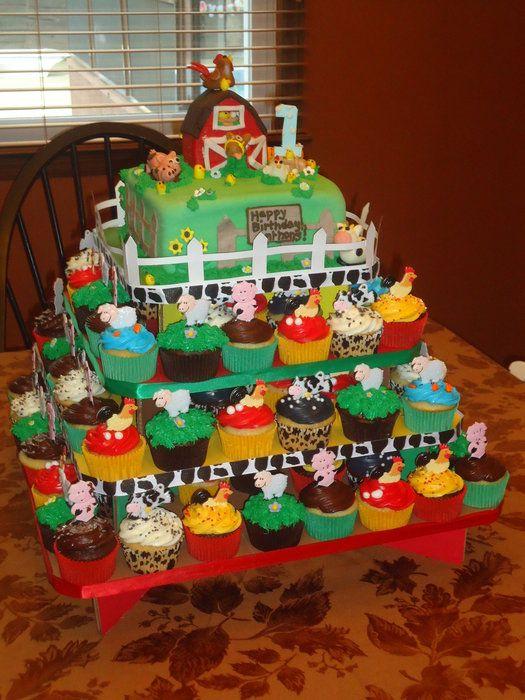 Barnyard Cupcake Tier with Barnyard Cake up Top - by krissy @ CakesDecor.com - cake decorating website