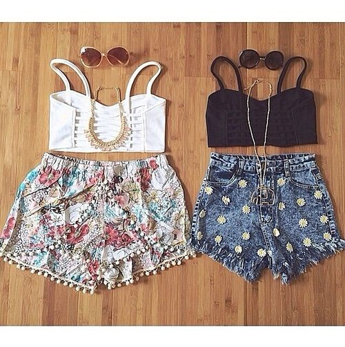 Image via We Heart It #bestfriends #besties #fashion #hipster #outfit #outfits #tumblr #ootd