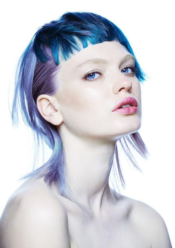 Bond Hair Religion - On the Fringe #jennitarrant #colorhair #haircolor #dipdye…