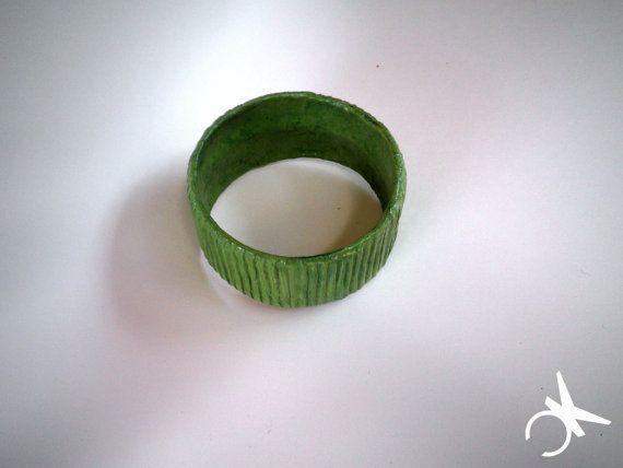 Canneto bangles bracciale color verde bosco di CONNYSKREATIONS, €20.00