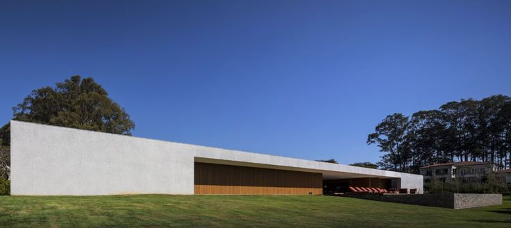 openhouse-magazine-grand-designs-architecture-lee-house-by-mk27-marcio-kogan-porto-feliz-brazil-photography-by-fernando-guerra 1