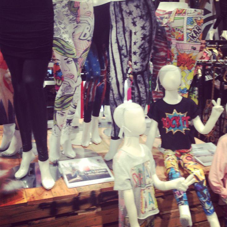 Pattern leggings .. Classics tee booth wwmagic Like my fall picks follow chic style Utah on Instagram