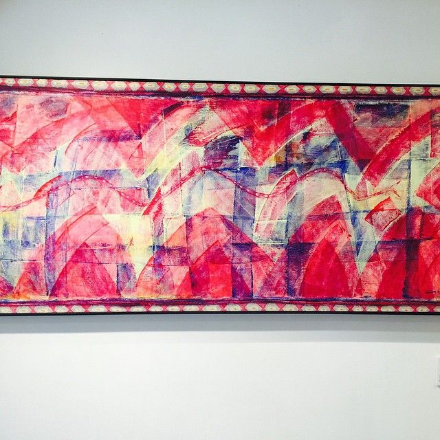 Check out our ongoing #exhibition #Glowofpaints by #Russian artist #Gago Chtchyan.(May 21 to July 6) If you are a big fan of #contemporaryart #abstractpaintings #colors, welcome to #APContemporary at Tai Pingshan St. Sheungwan! #Galleries #Hongkong #Art #Sheungwan