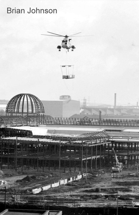 Construction of Meadowhall Shopping Centre' Sheffield #socialsheffield #sheffield