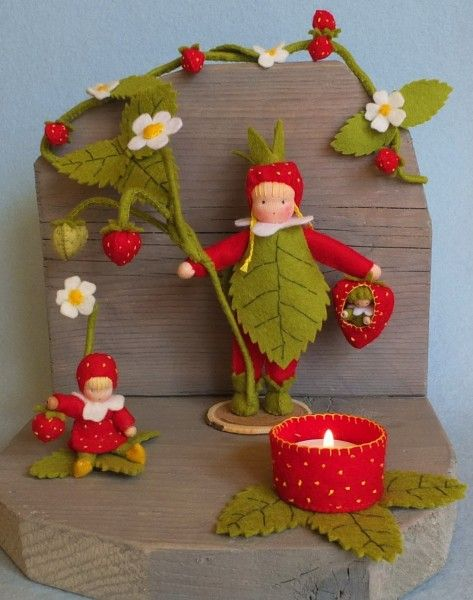 Epertündérek, strawberry felt dolls, atelier pippilotta, vilt popje aardbei