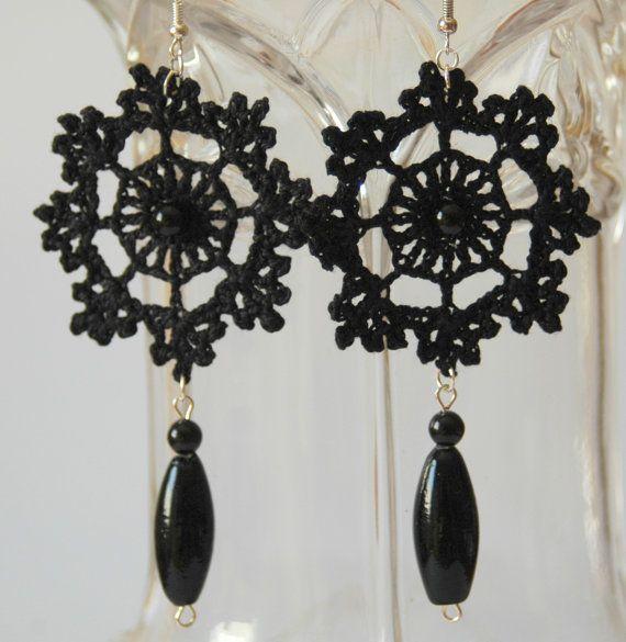 Black crochet earring  Crochet earring jewelry  by lindapaula, €8.00
