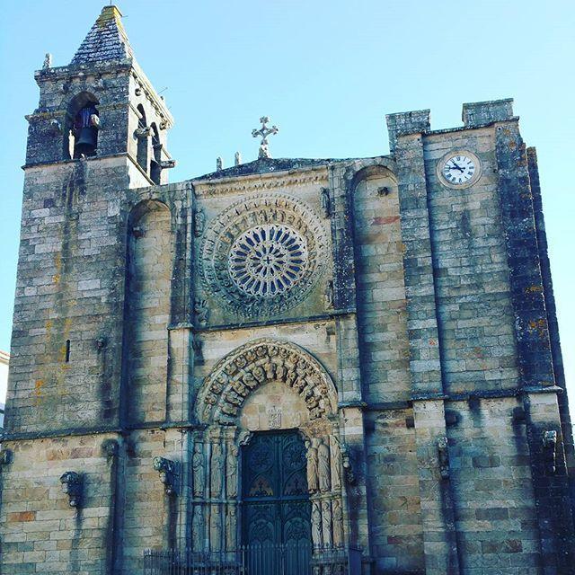 Sunny #SundayMorning in #Noia #Galicia #Spain #buenosdias !