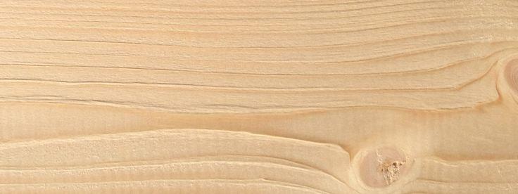 Die unbehandelte Fichte ist besonders verzugsarm und formbeständig, wodurch Rissbildungen und Verwerfungen minimal ausfallen. Falls Sie Ihren Carport farblich gestalten möchten, z.B. mit einem deckenden Anstrich in weiß oder grau, ist diese Holzart die richtige Wahl. Der jeweilige Carport-Bausatz wird ohne Imprägnierung geliefert und sollte in jedem Fall mit einer Lasur oder Deckfarbe bauseits behandelt werden. #carport #fichte