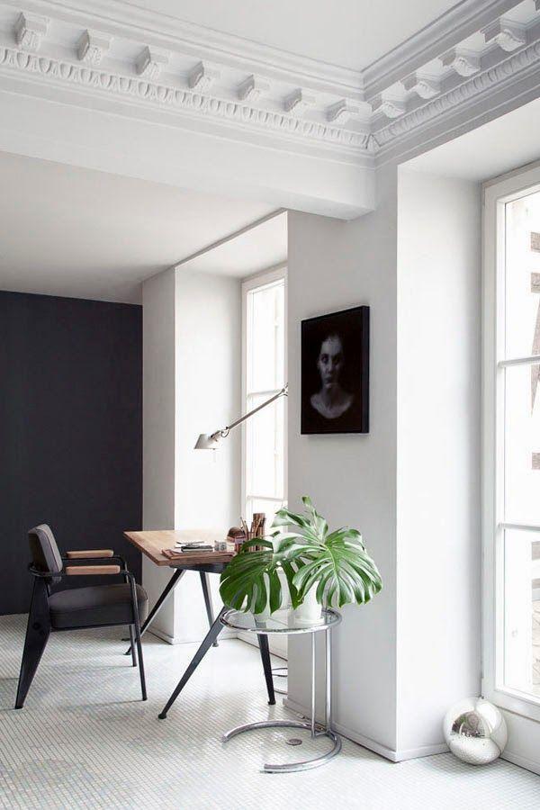 Levelled living room - via Coco Lapine Design