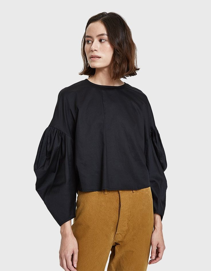 Voluminous Sleeve Blouse in Black