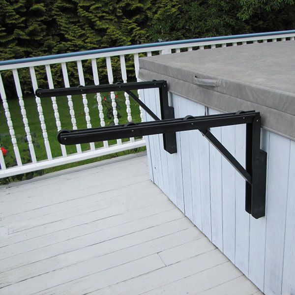Hot tub cover remover, The Cover Roller