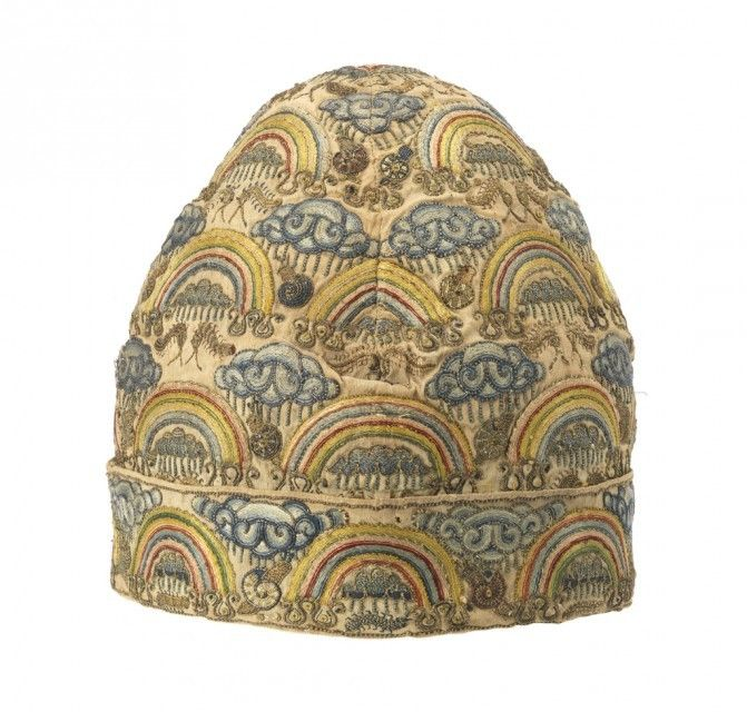 Man's cap, England, late 16th century. Silk embroidered in silk and metallic yarns in split, back and couching stitches.