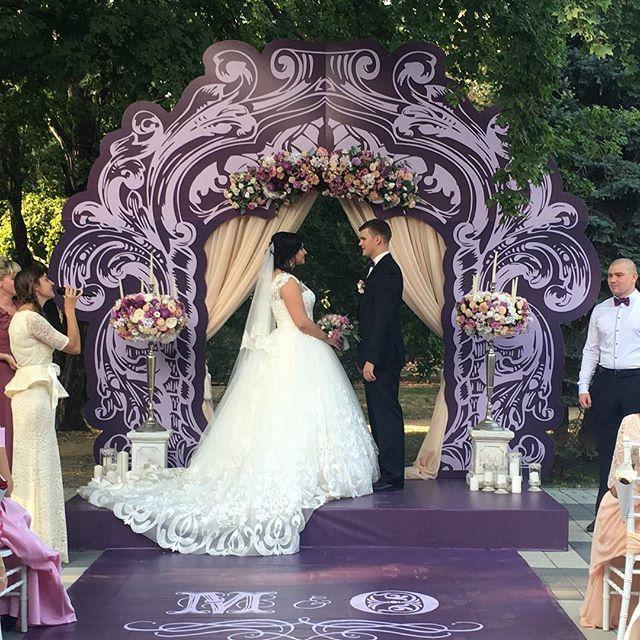 Свадьба Максима и Оксаны сейчас!@olivkadecor @floridence #olivkadecor #event…