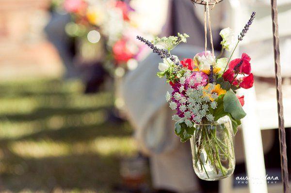 Aisle marker- wildflowers in jar on a shepard hook: Wildflowers Jars, Idea, Canning Jars, Flower Color, Aisle Flower, Aisle Markers, Aisle Decor, Mason Jar Party, Mason Jars Parties