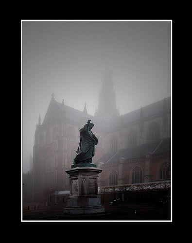 Grote Markt in de mist
