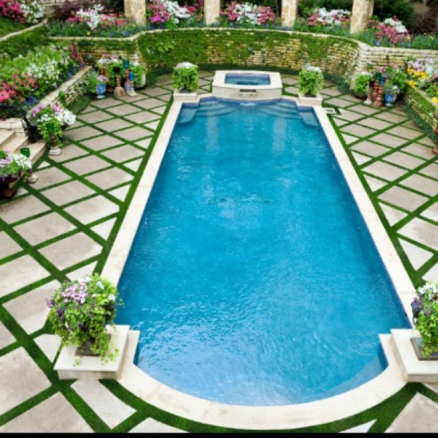 Using #Outdoor Symmetry When Designing The Landscape with a #patio and #pool…