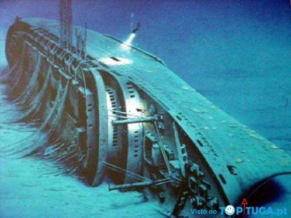 """Naufrágio do navio italiano """"Andrea Doria"""", Oceano Atlantico."""