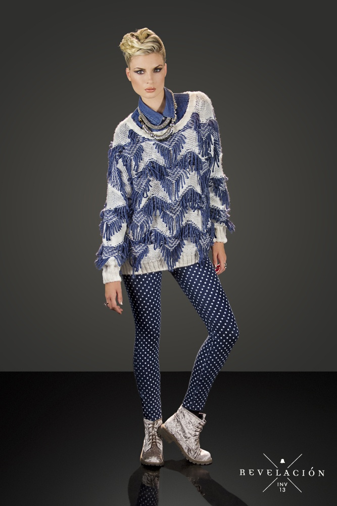 ☓ Revelación ☓ Invierno 13    Camisa de jean SHBELL17  Sweater con flecos SWBELL18  Jean con estampado a lunares PTBELL23  Borcego de terciopelo ZBELL45