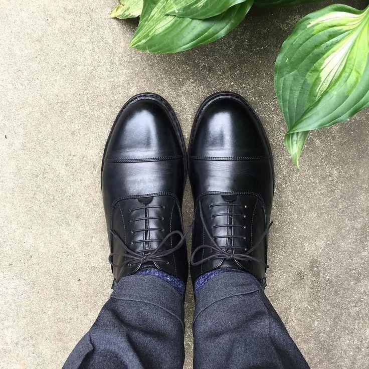 Paraboot 夜から大雨になるようです 一応防水スプレーしてきました #paraboot #parabootmiramas #miramas #shoes #mensshoes #sotd #shoesoftheday #パラブーツ #パラブーツミラマ #ミラマ #紳士靴 #革靴