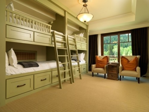 Bunk beds for 4 kids. More play space. lovee. if i decide to have a dozen kids :)