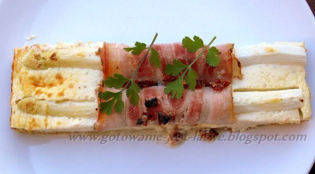 Gotowanie jest łatwe: Szparagi w bekonie, na kruszonym cieście, w serowe...