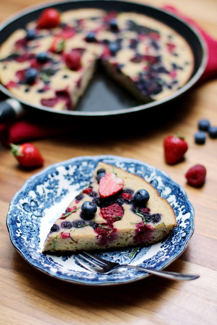Recette du gâteau à la poêle aux fruits rouges (sans gluten)