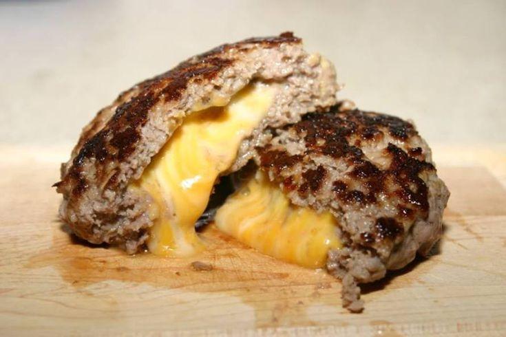 Μπιφτέκια σχάρας γεμιστά με τυρί