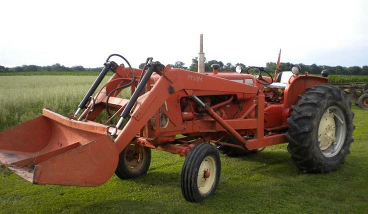 AC Allis Chalmers D17 Series IV tractor for sale