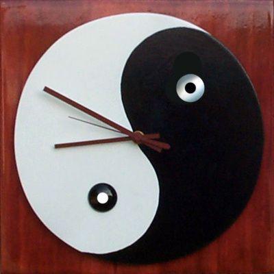 1000+ images about Unique Clocks on Pinterest   Unusual ...
