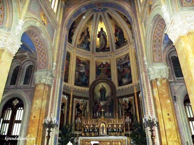 Kirándulások - természetjárás: A fóti római katolikus templom