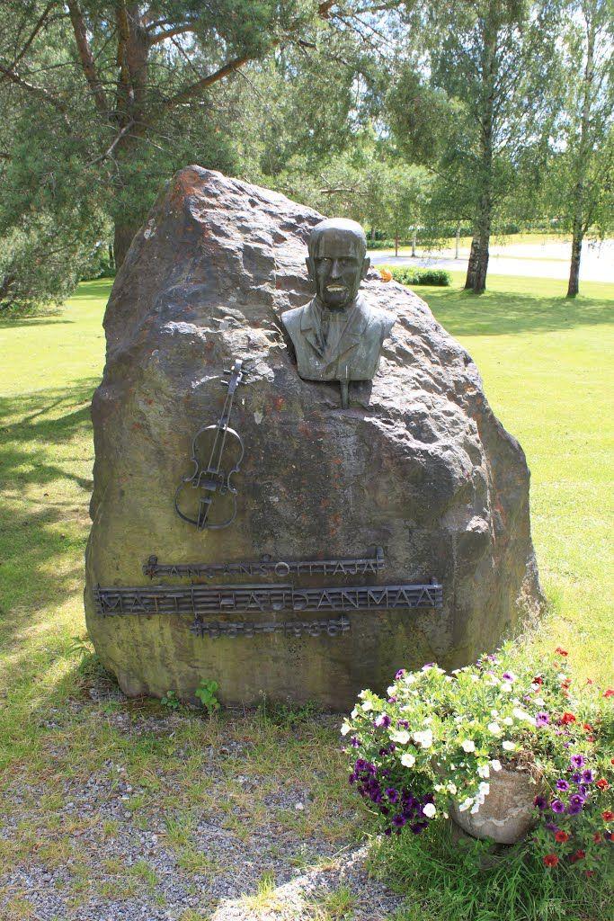 Kansansoittaja Matti Haudanmaan muistomerkki