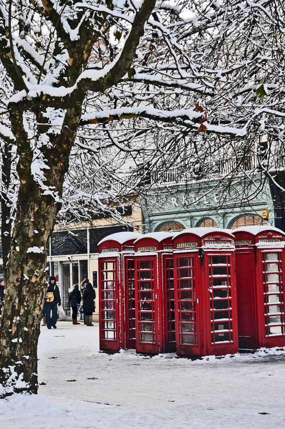 Snow in Cheltenham. by LPEPhotography on Etsy